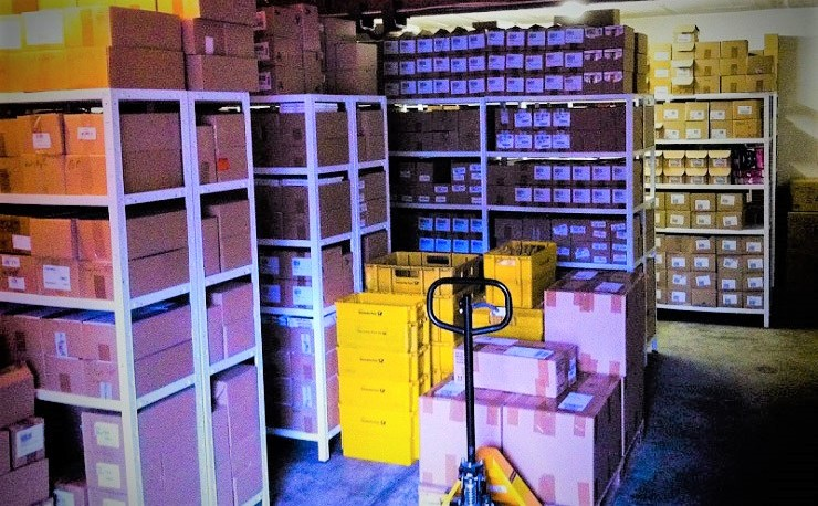 M13 Warenlager-ECommerce-Onlinehandel